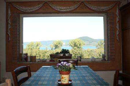 Bed and breakfast la finestra sul lago ronciglione viterbo - La finestra sul lago candia ...