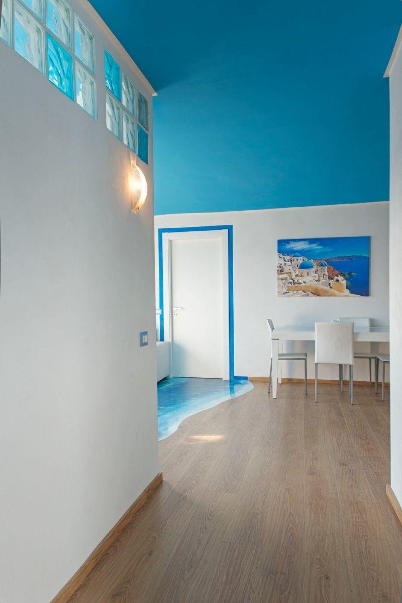 Appartamento uso turistico santorini lido di ostia roma for Appartamento uso ufficio roma