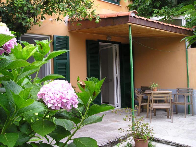 Appartamento uso turistico san massimo rapallo genova - Appartamento con giardino genova ...