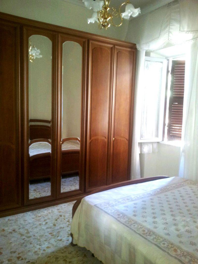 Appartamento uso turistico casa nadia genzano di roma roma for Appartamento uso ufficio roma
