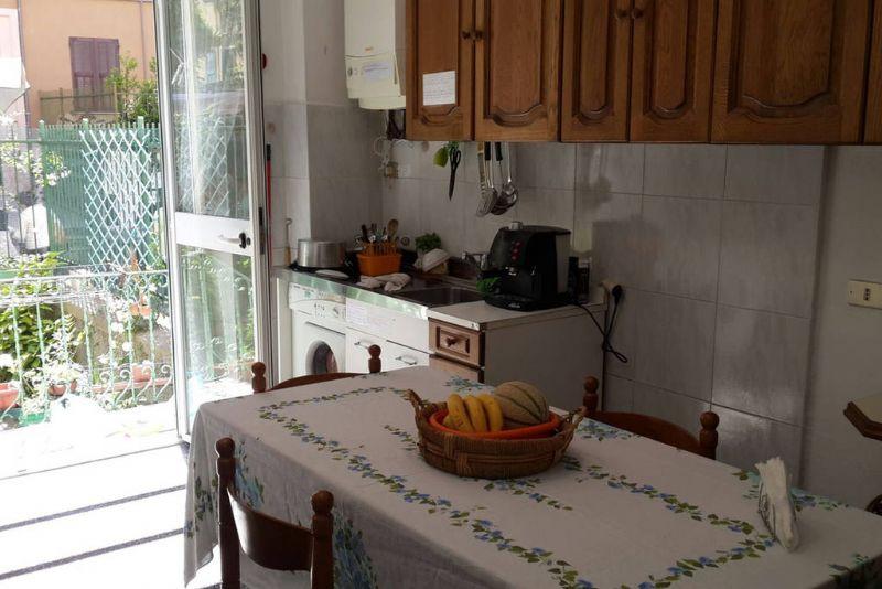 Casa vacanze il giardino delle ortensie genova genova - Posto letto genova ...