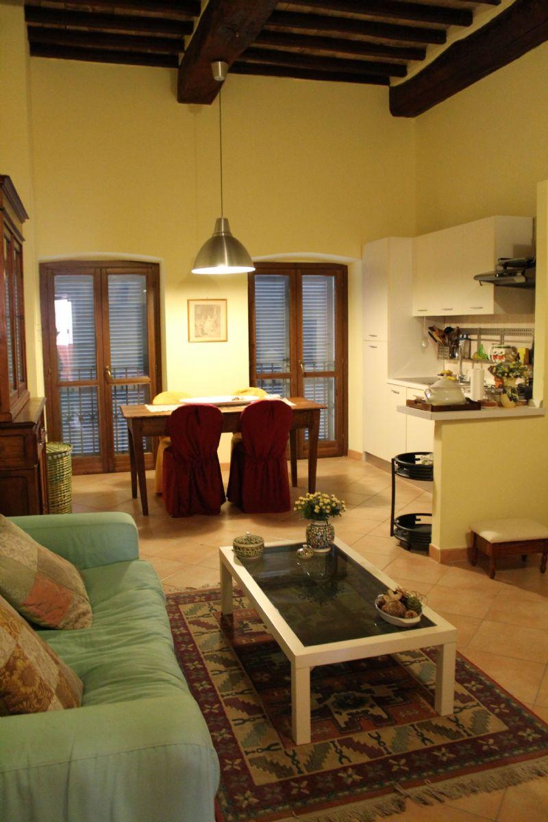 Appartamento uso turistico casa di carla foligno perugia for Casa it foligno
