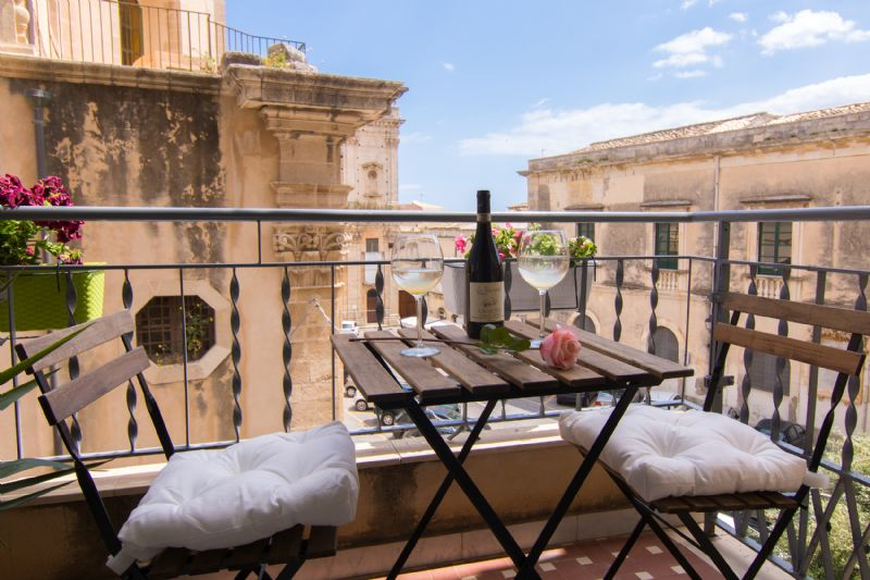 Bed and breakfast maison ortigia siracusa siracusa for Centro benessere siracusa ortigia