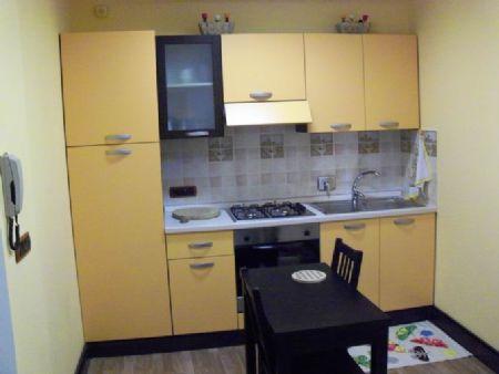 Appartamento uso turistico appartamento vicino ospedale for Affitto genova arredato