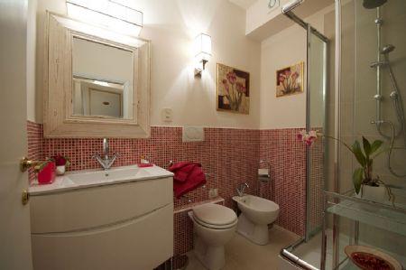 Bed and breakfast terrazza ginori sesto fiorentino firenze for Servizi da bagno moderni