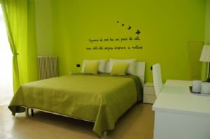 Camera Da Letto Matrimoniale A Varese.Bed And Breakfast Color House Malpensa Cassano Magnago Varese