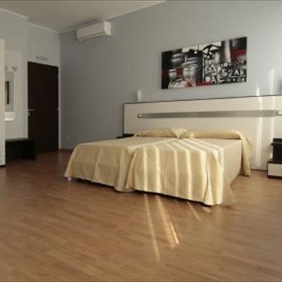 Hotel Zona Famagosta Milano