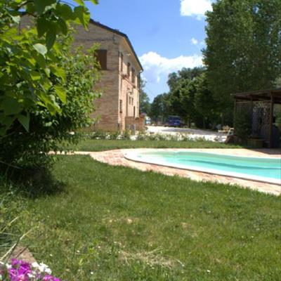 Bed and breakfast casa il girasole macerata macerata for Casa vivente del sud progetta la casa colonica
