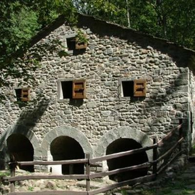 Casa vacanze il mulino di cerreto cerreto alpi reggio for Casa di moda reggio emilia