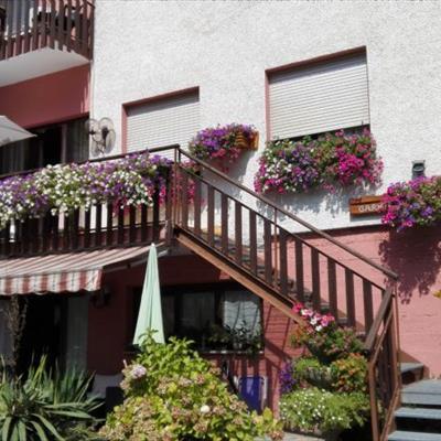 Bed and breakfast garni rosa molina di ledro trento for Soggiornare a trento